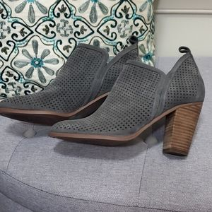Vince Camuto Booties -New